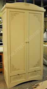 Раздвижные двери-купе для гардеробных комнат.
